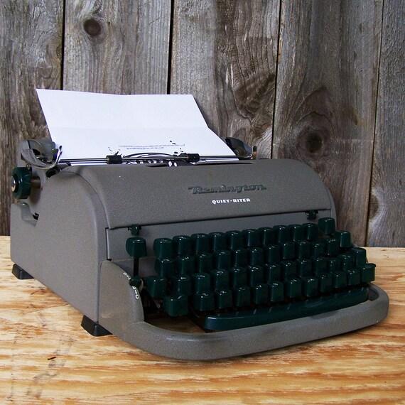 """Vintage Remington """"Quiet-Riter"""" Portable Typewriter"""