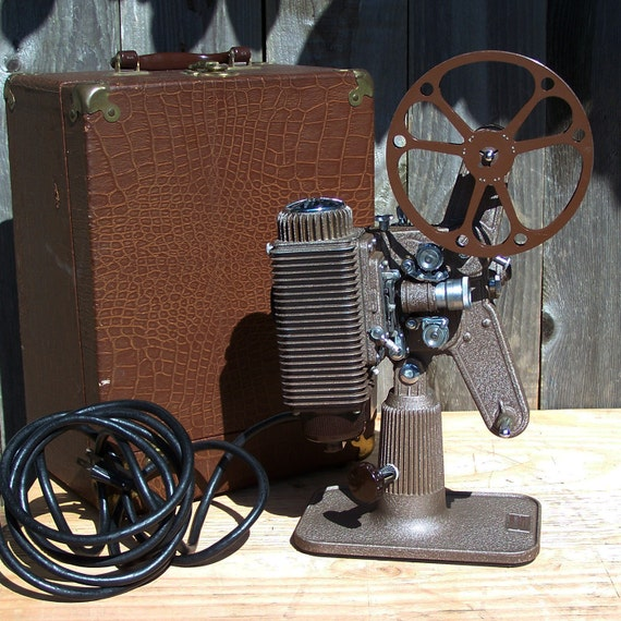 Vintage Revere Model 85, Early 8mm Projector, WORKING