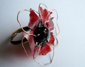 Blue poppy ring in red