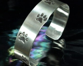 Bracelet- Dog Tracks
