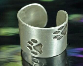 Ear Cuff- Wolf-Dog Tracks