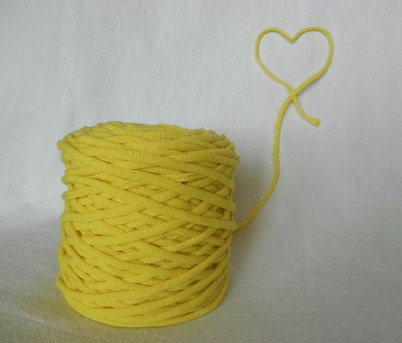 Lemon Yellow Tarn Recycled T-Shirt Yarn 59 Yds