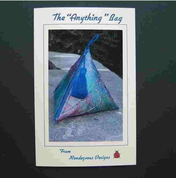 Triangle Bag Pattern - Pyramid Zipper Bag -  Intriguing Anything Bag - Zippered Pouch -  PATTERN ONLY - Instant Download - Sewing Pattern