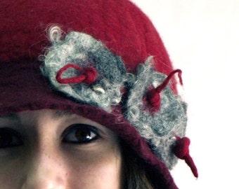 1920s Felt Hat Felted Hat Cloche hat Flapper Hat Red Felt Hat Art Hat Art deco hat Felt felt hats for Women wedding hat