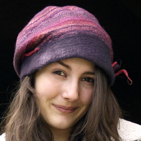 Mauve felt hat, merino wool  Judith