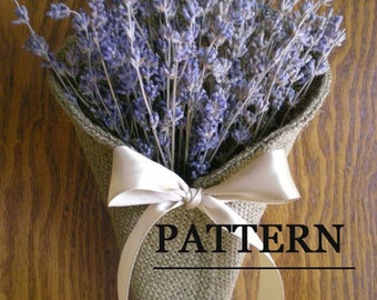 Burlap Pew Cone PDF Sewing Pattern ePattern for your DIY wedding. Rustic wedding decoration pattern.