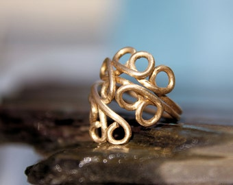 Happy Gold Curls Toe Ring