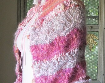 Luxe Lady Capelet with Brooch - Rainbow Sherbet