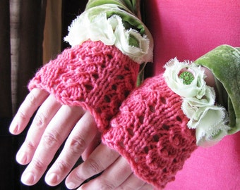 Petal Gloves - Pure Cashmere - Cabbage Rose