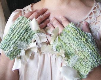 Casually Ruffled - Hand Knit, Hand-Spun Mittens - Dusty Miller