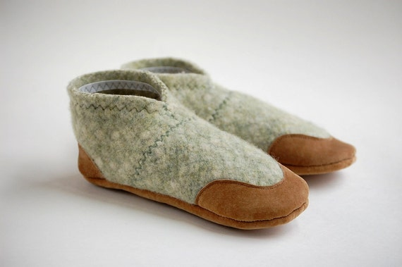 Kids Slipper Shoes, Leather Soles, Size youth 13, Wait For Me, SALE