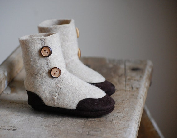 Wool Baby Shoes, Toddler Slippers, Eco-friendly, size 6-18 months, Let's Pretend