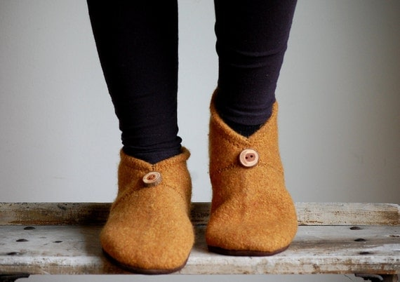 Women Wool Shoes, Minimalist Slippers, Eco Friendly, women size 9.5 wide, Wandering