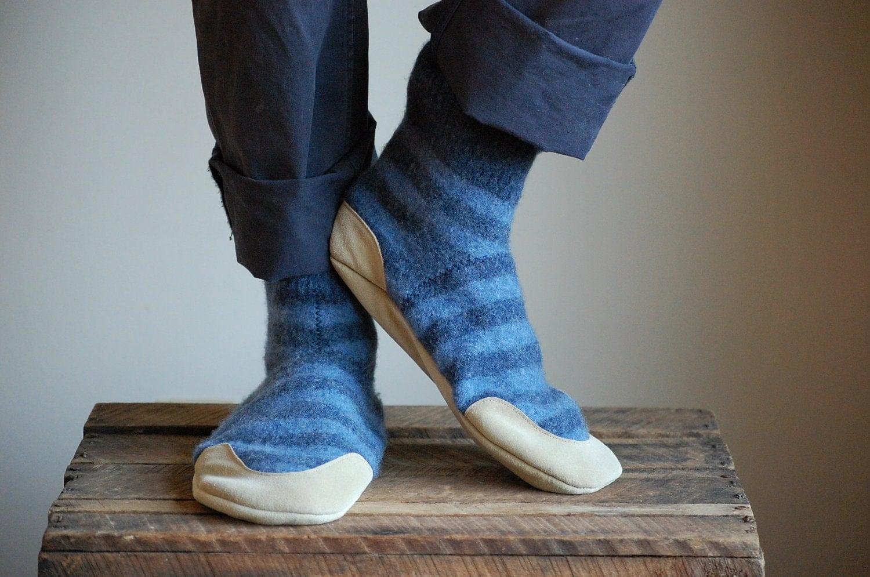 Wool Slipper Socks Leather Soles men size 10 women size 11