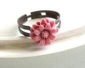 Pink Daisy Ring