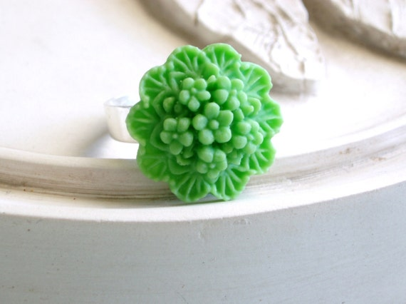 Lime Bouquet Ring