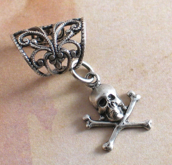 Jolly Roger - Silver Filigree Ear Cuff - Gothic Skull and Crossbones Earcuff by Lorelei Designs