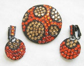 Vintage Retro Black Japanned Hot Orange and Topaz Rhinestones Brooch or Pin and Dangle Earrings Demi Parure Set
