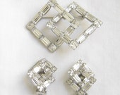 Vintage Wedding Bride Clear ICE Bagette and Square Cut Rhinestone Brooch and Earrings Demi Parure Set