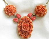Vintage Molded Celluloid and Faux Pearls Roses Flower or Floral Necklace