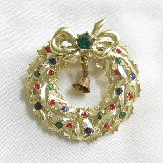 Vintage Red, Green and Blue Rhinestone Christmas Wreath Brooch or Pin