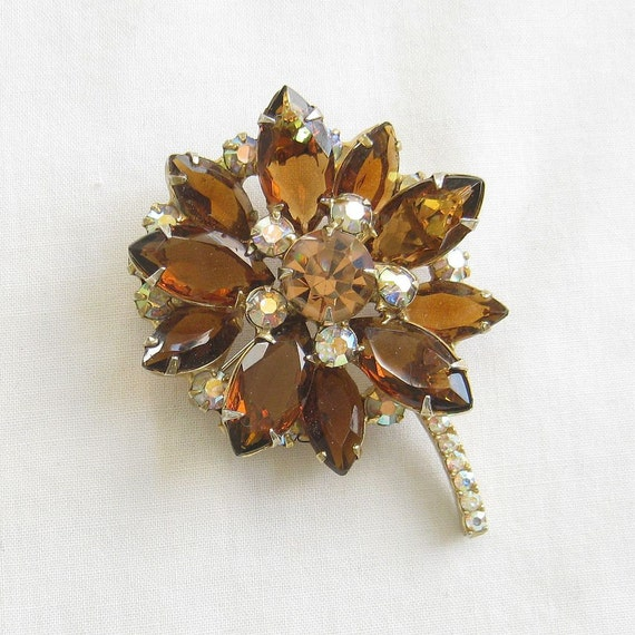 Vintage Verified DeLizza and Elster, D & E, JULIANA Amber, Topaz and Aurora Borealis Rhinestones Layered Flower Brooch