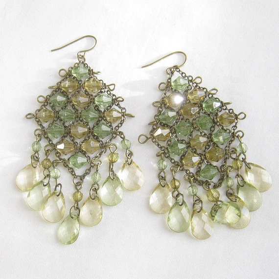 Vintage Art Deco Hand Wired Lucite Crystals Dangle Earrings