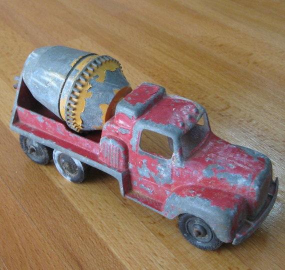Tootsie Toy Cement Mixer Truck P-10290 Chicago USA