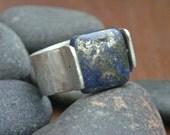 Lapis Square Stone Rivet Ring