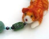 Ginger (felt cat necklace) 50% discount