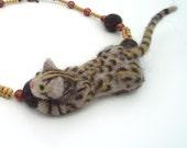 Spot (felt cat necklace)