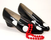 Vintage 70s  Patent Leather  Black and White Polka Dot  Wedges Size 8