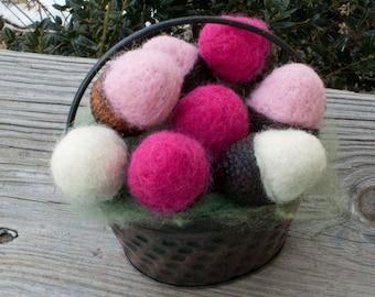 Acorns Needle Felted Wool Large Dozen