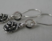 Flower Sterling Silver Earrings. Short. Dangling. Rustic. Florcita