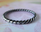 Twisted Ring. Sterling Silver. Oxidized. Rustic.