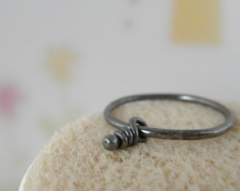 Knot Sterling Silver Ring. Rustic Oxidized. 16 gauge. Size 8.5