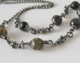 Earthy Quartz Sterling Silver Chain. Faceted Dark Green Moss Beads. Handmade Knots Necklace. Knot Stone Link Chain.