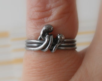 Unico Sterling Silver Oxidized Rustic Ring. Size 3.75