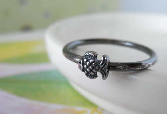 Tiny Fish Sterling Silver Ring. Rustic Oxidized. Size 7
