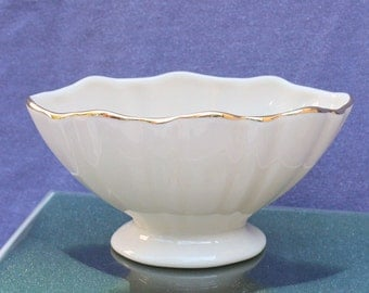Vintage Lenox China White Relish Dish Small Candy Bowl Dish Gold Trimmed NIB