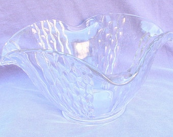 1940s Heavy Glass Bowl Vintage Serving Wavy Pineapple Pattern