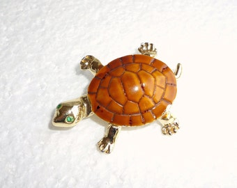 Turtle  Brooch Pin Vintage Enamel Gold Brown Shell Tortoise Figural Pin