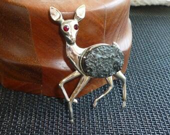 Silver Black Jet Deer Brooch Vintage 1940s Pin Garnet Eyes Jet Slice Fawn Figural Pin