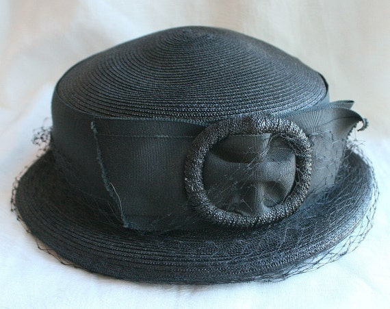 Vintage Mary Poppins Hat 1930 BLACK PILLBOX HAT Buckle Ribbon Front Netting
