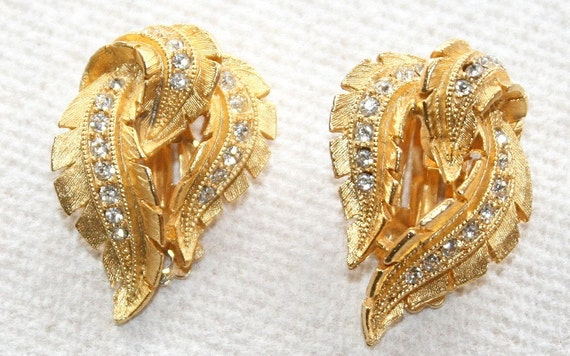RESERVED for JULIET Vintage Rhinestone Leaf Earrings Channel Set Textured Gold Curving Sawtooth