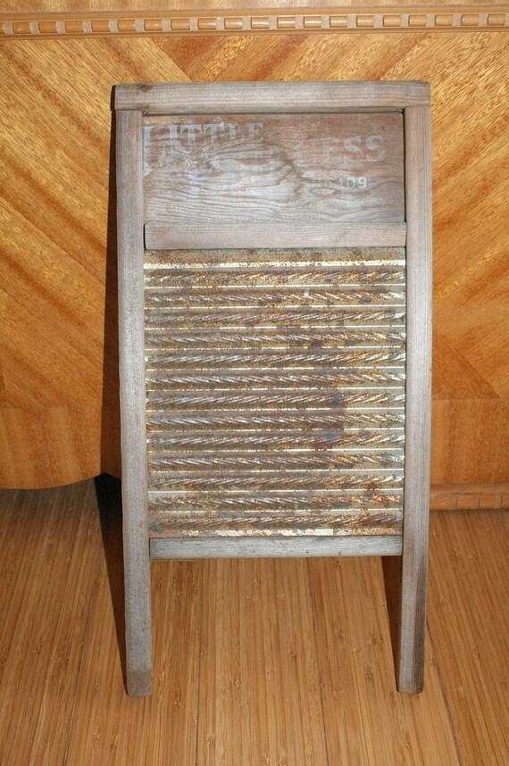 Vintage Washboard 118