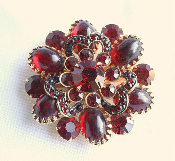 Vintage Garnet Red Rhinestone Brooch Layered Dogtooth Prongs Riveted