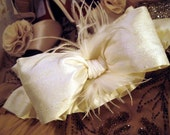 PHILOMENA Silk Oversized Modern Bow and Feather Bridal Garter Set