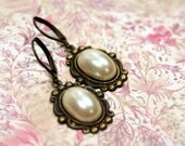 Josephine  Vintage Pearl Earrings