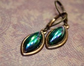 Little Wee Fairy Drop Petite Emerald Green AB Bombe Dangle Earrings Vintage Gems